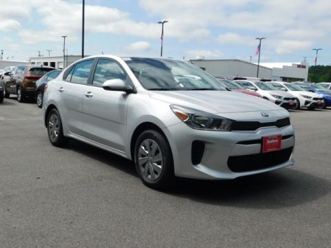 New 2019 Kia Rio S FWD 4D Sedan